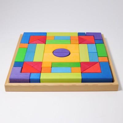 Jocul marii piramide, 100 piese