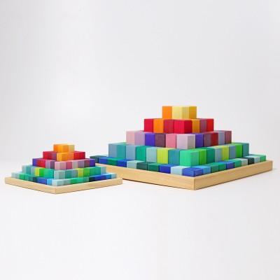 Piramida curcubeu